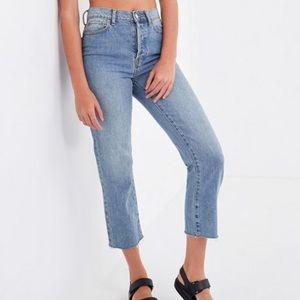 BDG High rise Slim Straight Jeans